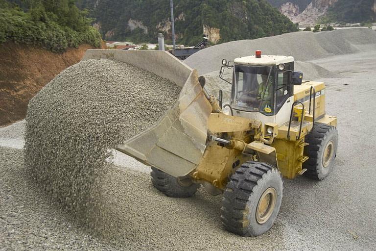 Нерудные сыпучие строительные материалы с доставкой в Перми. в Перми от компании Транснерудторг
